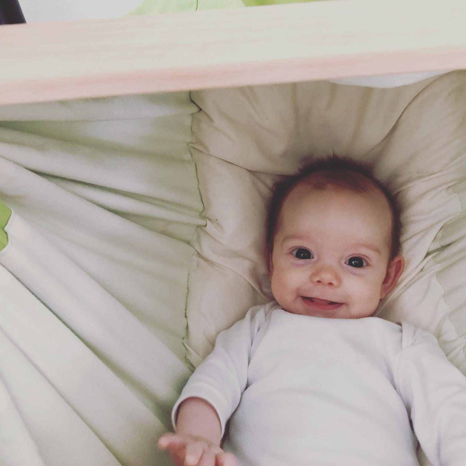 Babyvak Hacka Závesná kolíska