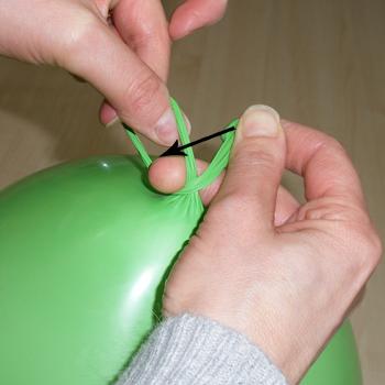 AKo zaviazať balón