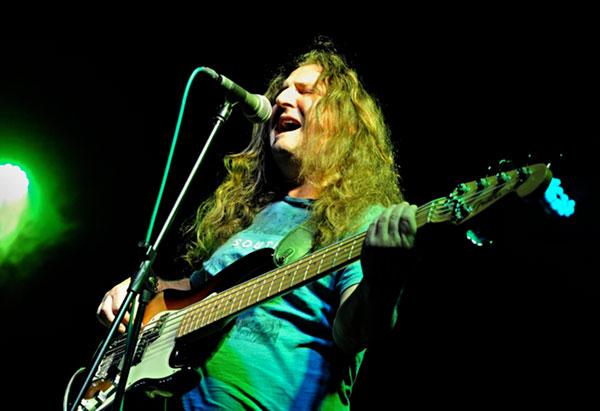Řemen, basová kytara-Martin Krois