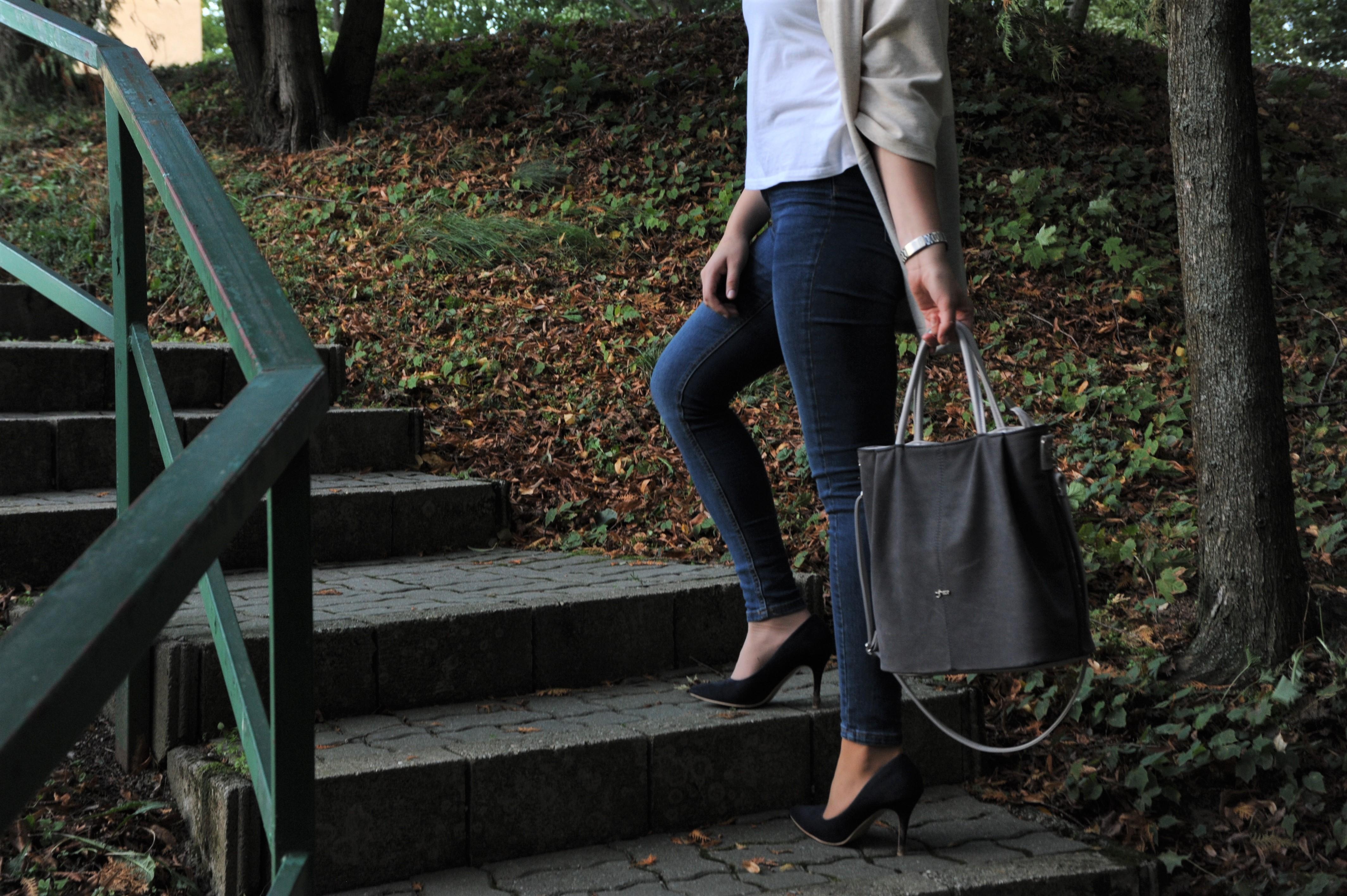 Darček kabelka pre ženu knarodeninám, meninám alebo na Vianoce. – Ilustračné foto: Mirabillis.sk