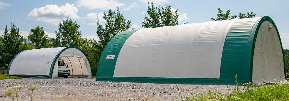 Využití plachtové haly jako garáže/skladu.