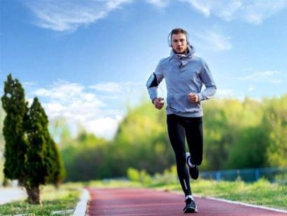 Tabletky, lieky a vitamíny na rýchle zvýšenie energie