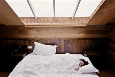Přírodní tablety, léky a doplňky na úzkost, spánek a uklidnění
