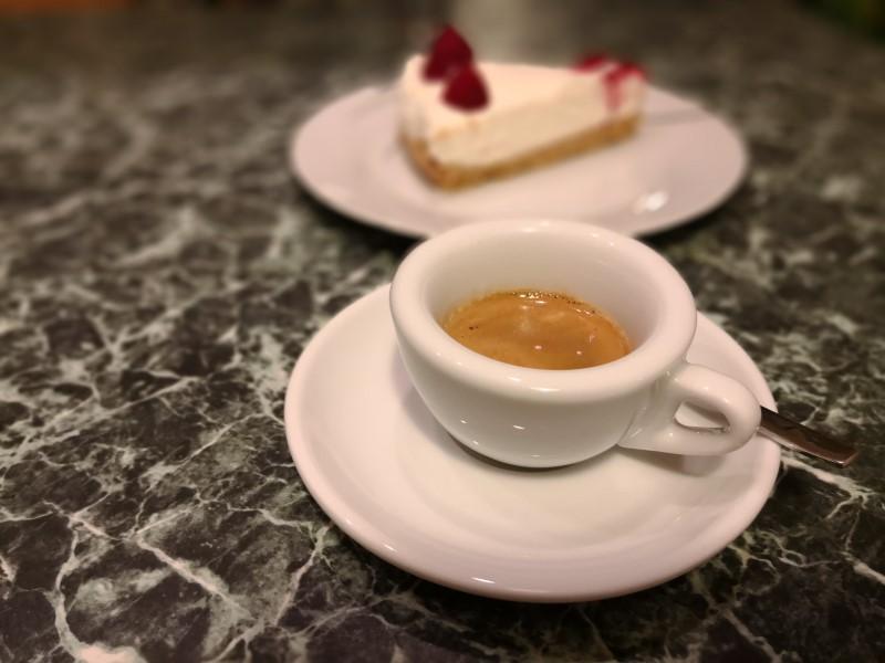Bez správného hrníčku na vaše espresso se připravíte o část zážitku.