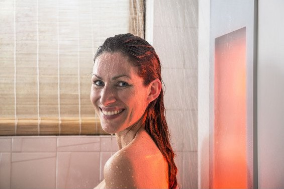 SUNSHOWER terapia infrafialovým svetlom
